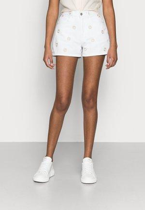 VMJOANA PETITE - Denim shorts - bright white
