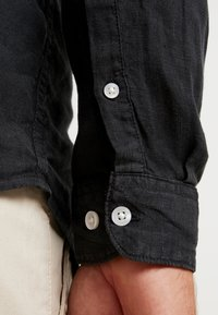 Pier One - Shirt - black - 5