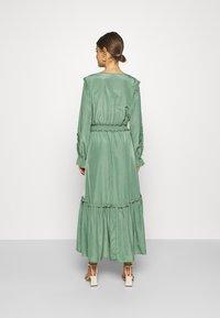 YAS - YASORLEANS DRESS SHOW - Długa sukienka - dark ivy - 2