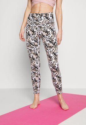 OPEN HIGHLANDS LEGGING - Medias - apricot