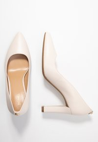 MICHAEL Michael Kors - ABBI FLEX - Bridal shoes - light cream