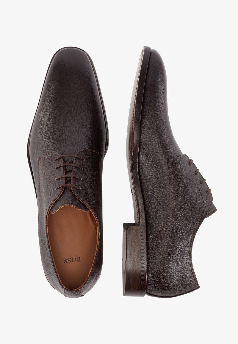 BOSS - Stringate eleganti - dark brown