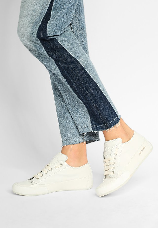 ROCK  - Sneaker low - crost bianco/base bianco