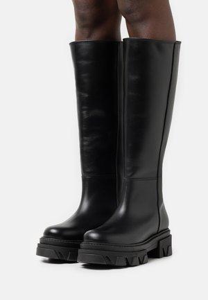 KATIUSKA - Platform boots - total black