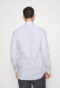 Tommy Hilfiger - SLIM MICRO PRINT - Shirt - white - 2