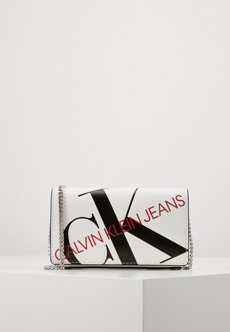 Calvin Klein Jeans - Across body bag - white