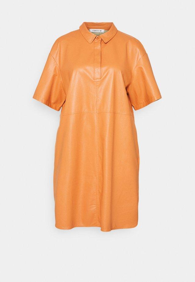 CHARLOTTE DRESS - Shirt dress - orange