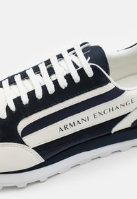 Armani Exchange - Trainers - navy/off white - 5