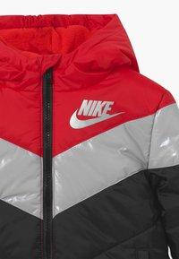 Nike Sportswear - COLOR BLOCK HEAVY PUFFER - Winterjas - university red - 4