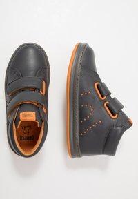 Camper - RUNNER FOUR KIDS - Zapatillas altas - medium gray - 0