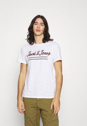 JJHERRO TEE CREW NECK - T-shirt con stampa - bright white