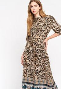 LolaLiza - LEOPARD PRINT - Shirt dress - brown - 3