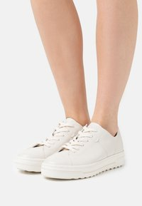 Tamaris GreenStep - Sneakers basse - cream - 0