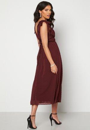 Cocktailklänning - brown