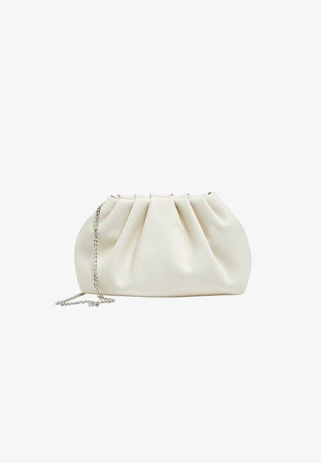 MIT RAFFUNG - Across body bag - white