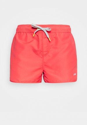 MAYEN - kurze Sporthose - hot pink