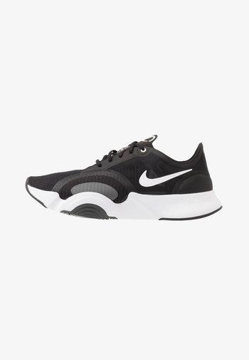 SUPERREP GO - Zapatillas de entrenamiento - black/white/dark smoke grey