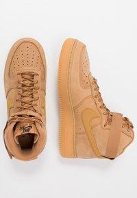 Nike Sportswear - AIR FORCE 1 - Sneakers alte - flax/wheat - 1