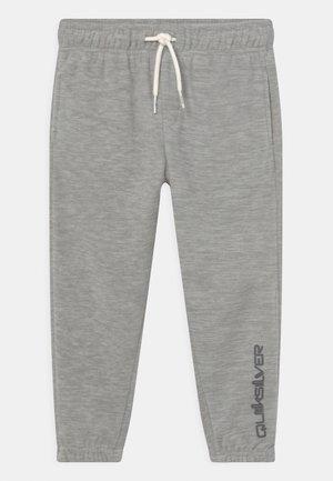ESSENTIALS POLAR PANT BOY - Pantaloni sportivi - light grey heather