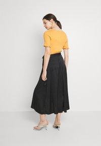 Monki - Maxi skirt - black dark - 2