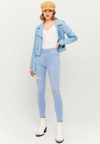 TALLY WEiJL - Jeans Skinny Fit - blue - 1