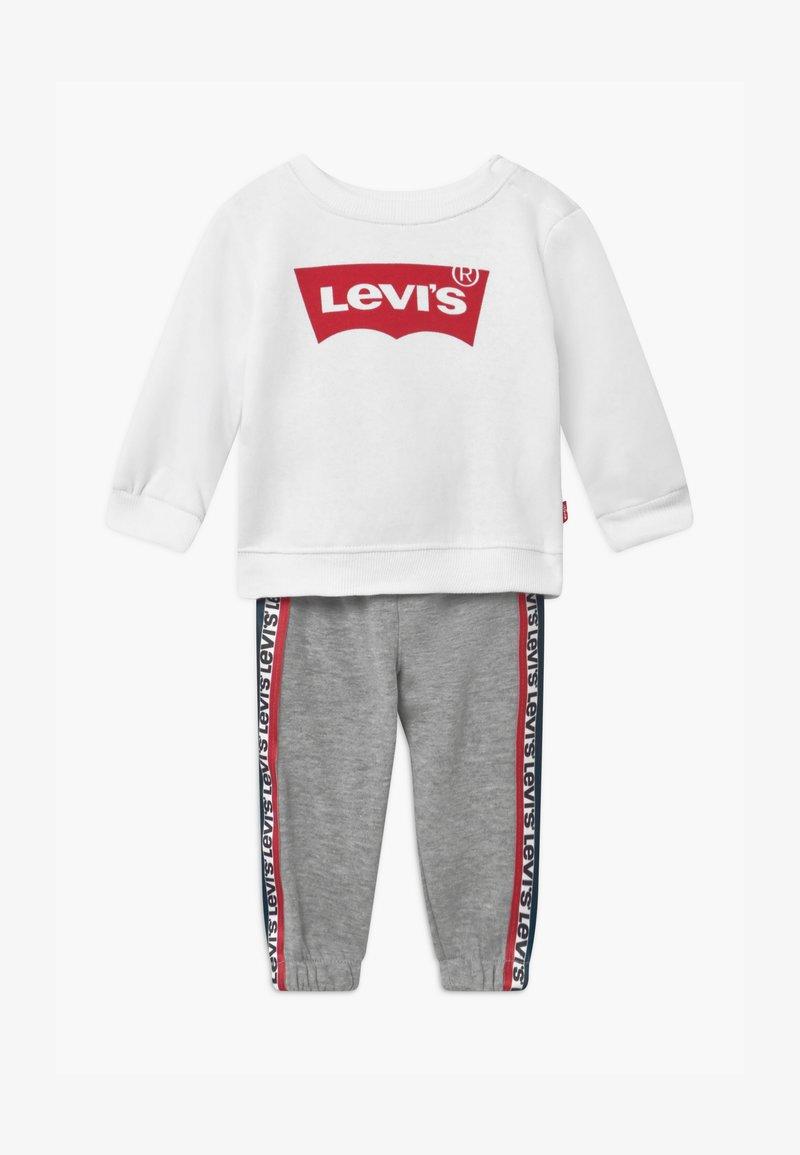 Levi's® - CREW SET - Tepláková souprava - white