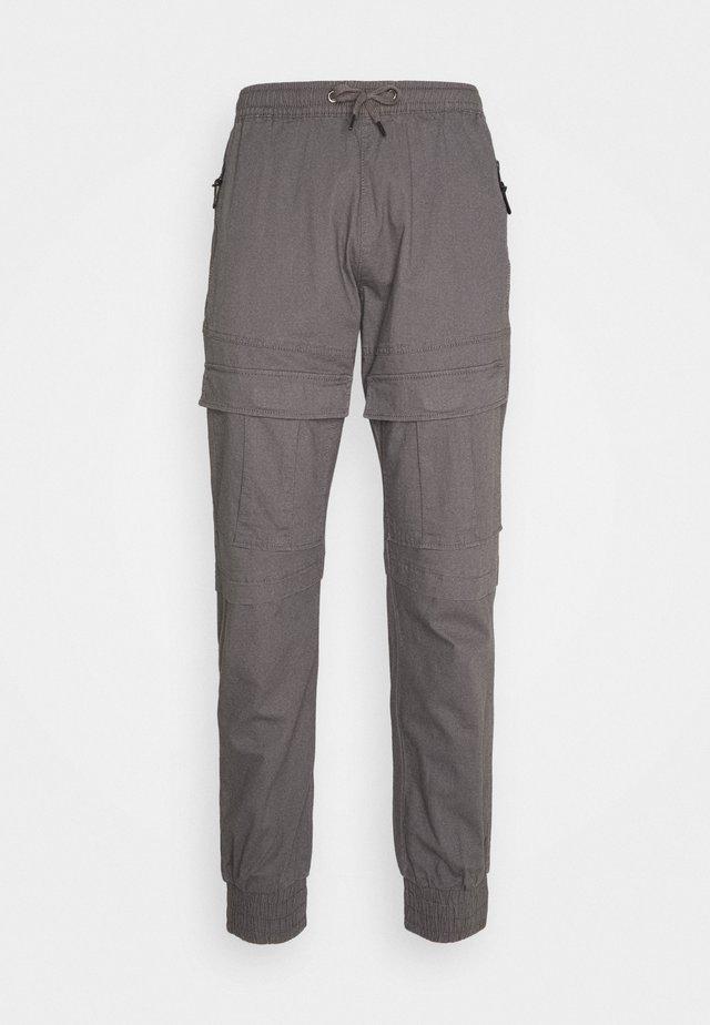 SUTTON - Pantaloni cargo - pewter