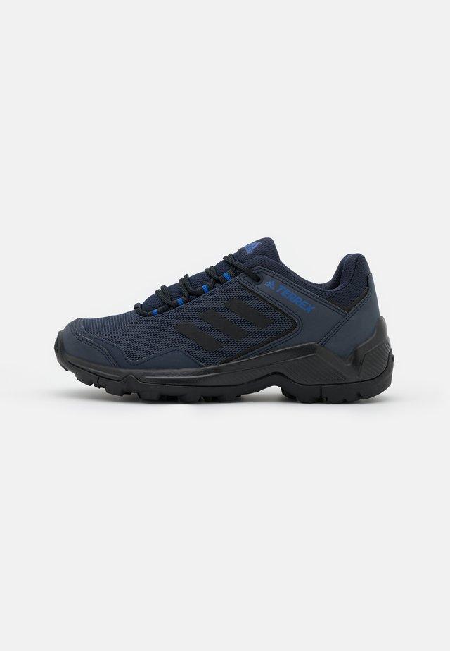 TERREX EASTRAIL - Outdoorschoenen - legend ink/core black/bold blue