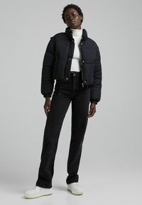 Bershka - PUFF 06575644 - Winter jacket - black - 1