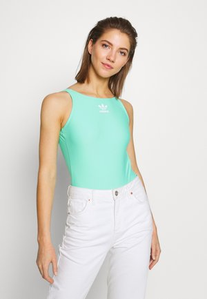 Top - prism mint/white