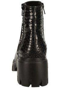 Steve Madden - Platform ankle boots - black snake 967 - 3