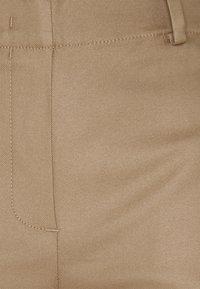 Marc O'Polo - PANTS WIDE LEG MEDIUM RISE CROPPED ELASTIC AT BACK  - Kalhoty - sand - 3