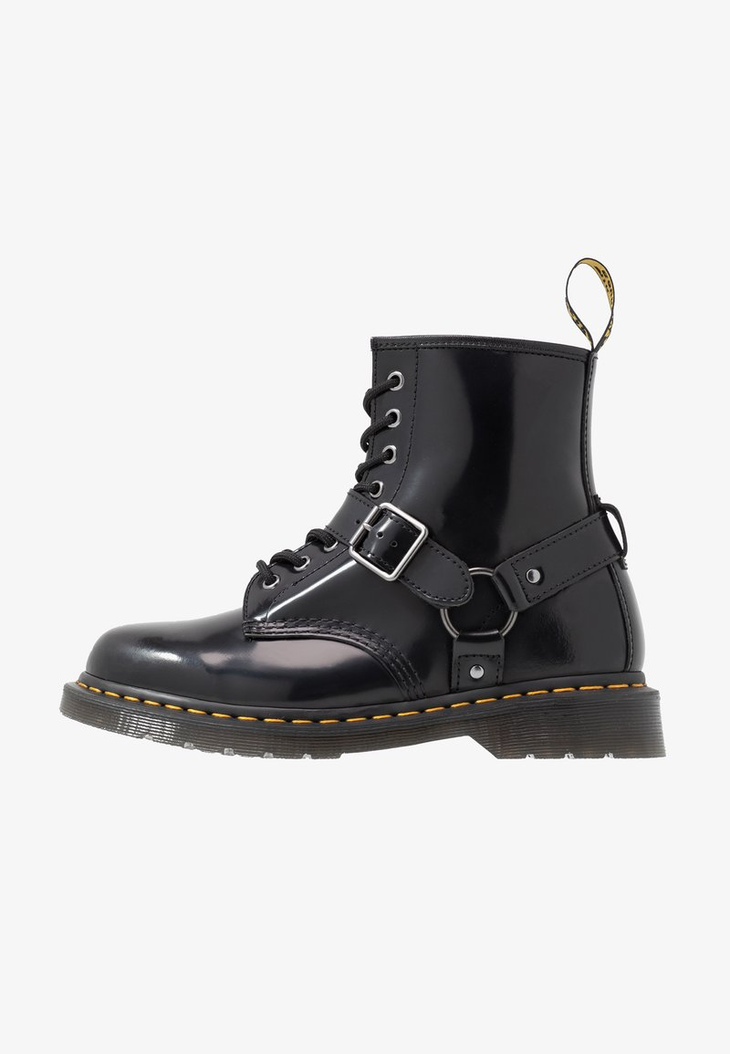 Dr. Martens - 1460 HARNESS BOOT - Veterboots - black