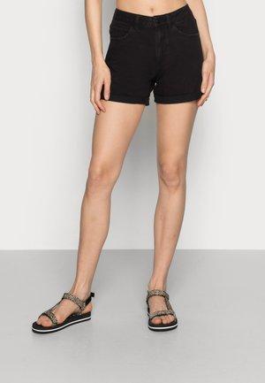 VMNINETEEN MIX - Denim shorts - black