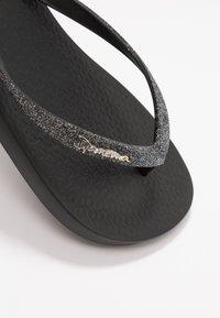 Ipanema - LOLITA - T-bar sandals - black - 2