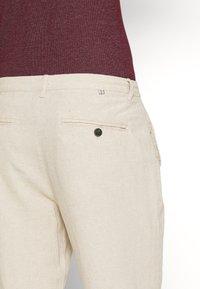 Springfield - PANT BASICO - Pantalon classique - beige - 4