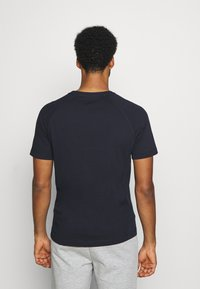 Tommy Hilfiger - ICONIC TEE - Sports shirt - blue - 2