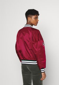Alpha Industries - TIPPED - Bomber Jacket - major red - 2