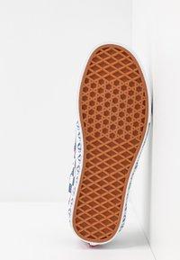 Vans - UA ERA X BMX - Sneakers - true navy/white - 6