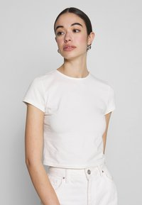 Nly by Nelly - PERFECT CROPPED TEE - T-shirt basic - white - 0