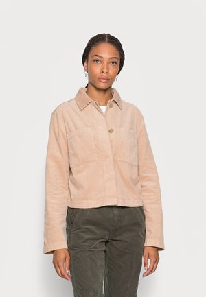 INDOOR JACKET CROPPED STYLE  CHEST POCKETS - Chaqueta fina - blushed camel