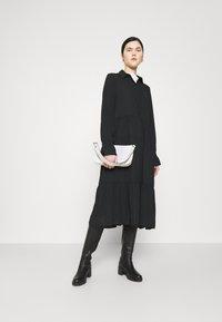 Monki - PARLY DRESS - Skjortekjole - black dark unique - 1