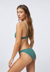 OYSHO - Bikini bottoms - evergreen - 3