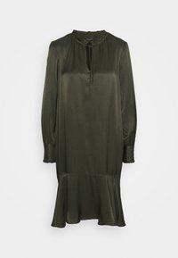 Bruuns Bazaar - BAUME ESTE DRESS - Koktejlové šaty/ šaty na párty - green night - 7