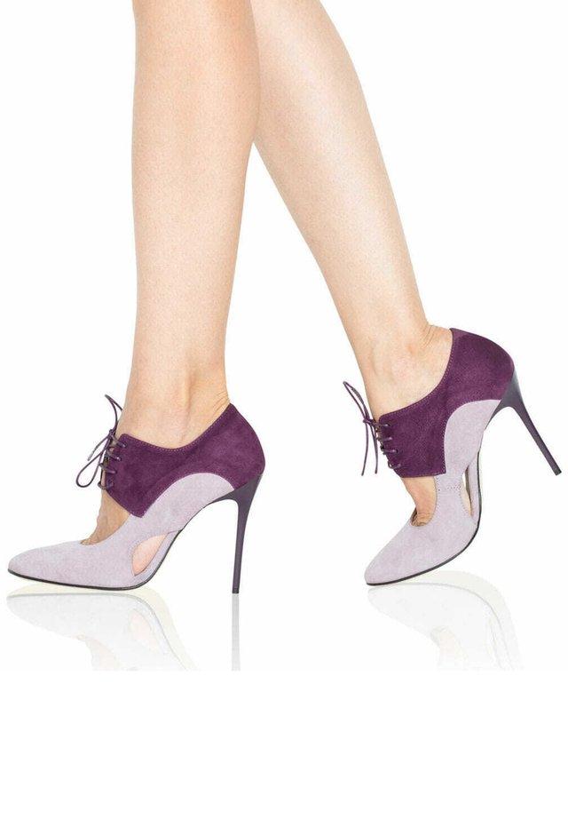 Nauhalliset avokkaat - violet/lilac