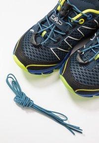 CMP - KIDS ALTAK SHOE 2.0 - Hiking shoes - cosmo/limeade - 6