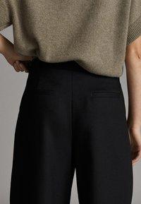 Massimo Dutti - Shorts - black - 4