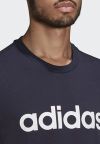 adidas Performance - T-shirt med print - legend ink - 4
