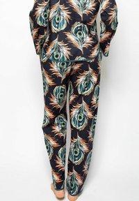Cyberjammies - Pyjama bottoms - peacock - 2