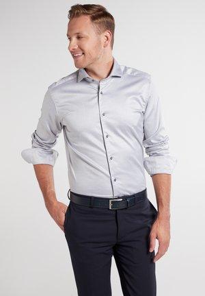 ETERNA LANGARM HEMD SLIM FIT - Business skjorter - silbergrau